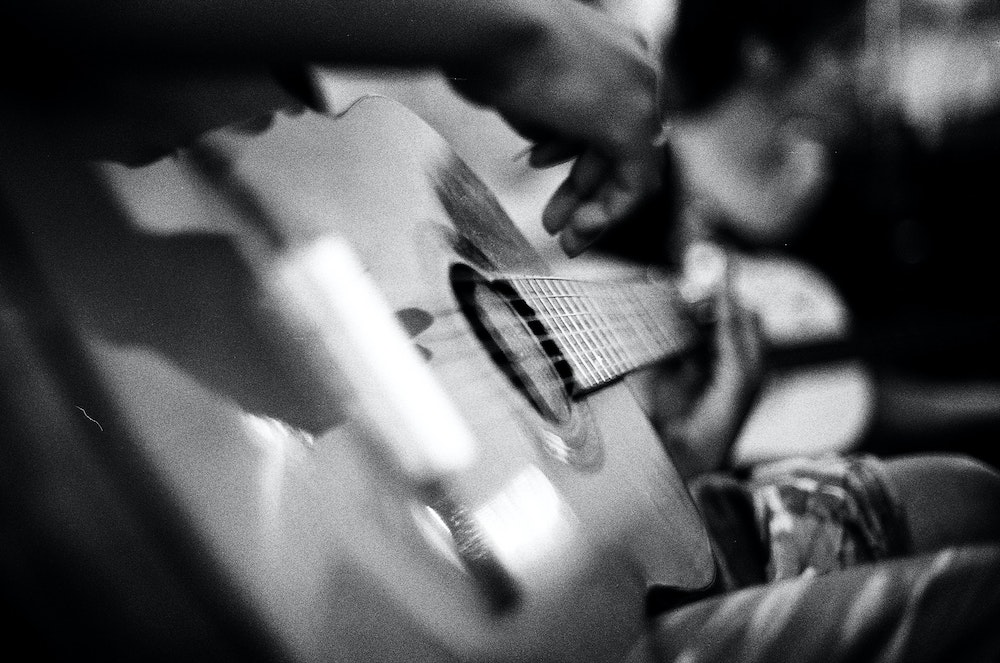 Joueur guitare classique